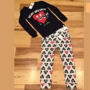 Gap Boys Heart Breaker 2-Piece Pajamas